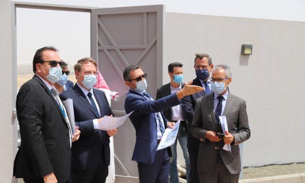Visite de la nouvelle école par M.Ludovic Pouille, ambassadeur de France